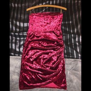 Beating Heart Velvet Dress - Burgundy